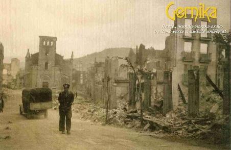 Guernica en ruinas, 1937