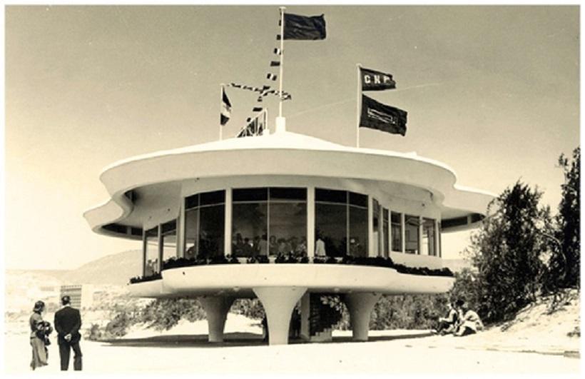 """Restaurante """"La Réserve"""", Maurice Bassières y Emile Duhon, 1953"""