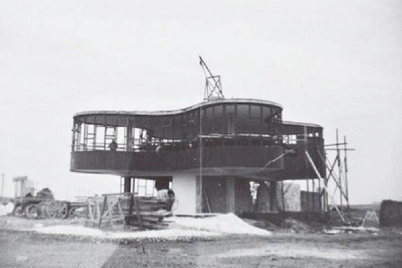La construcción del Parador Ariston